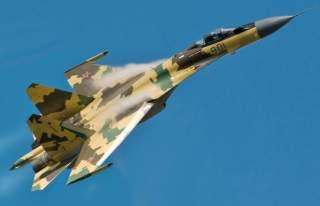Su-35 in flight.