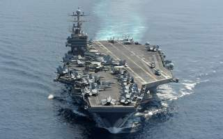 The Nimitz-class aircraft carrier USS Abraham Lincoln (CVN 72) transits the Indian Ocean.