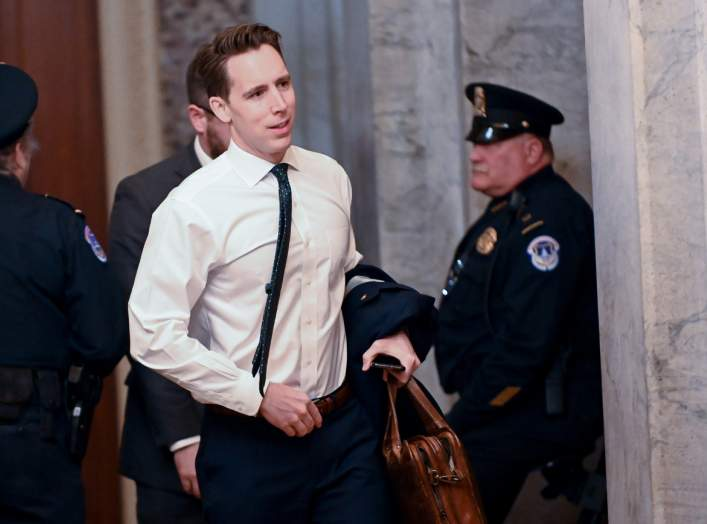 U.S. Sen. Josh Hawley (R-MO) arrives for the continuation of the Senate impeachment trial of President Trump at the U.S. Capitol in Washington, U.S., January 23, 2020. REUTERS/Erin Scott