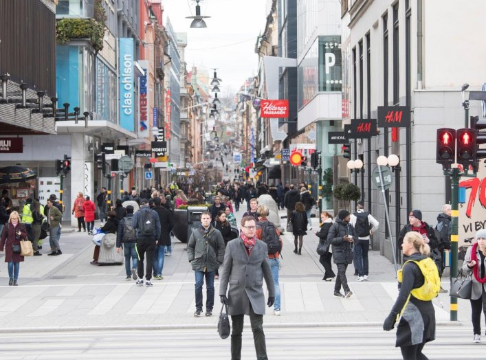 A street with less pedestrian traffic than usual as a result of the coronavirus disease (COVID-19) outbreak is seen in Stockholm, Sweden April 1, 2020. TT News Agency/Fredrik Sandberg via REUTERS