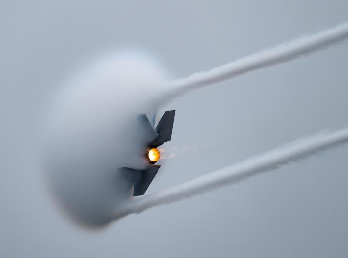 https://www.dvidshub.net/image/5780012/oregon-international-airshow