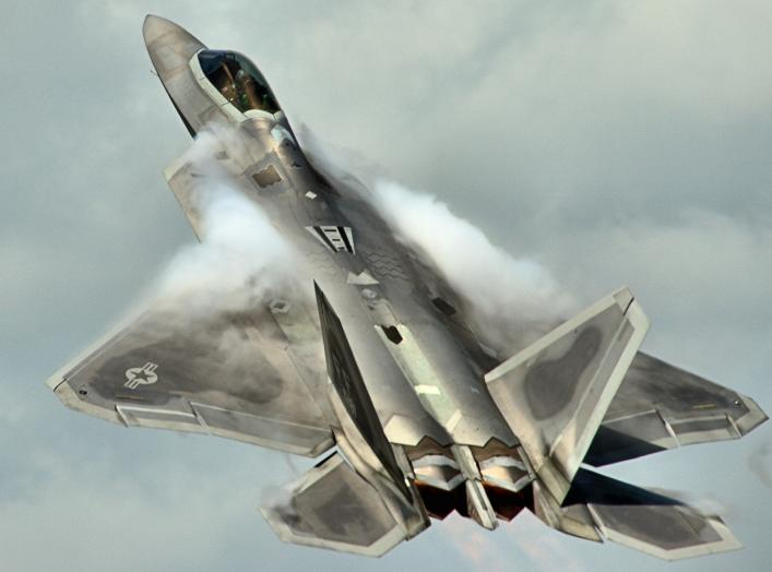 By Airwolfhound from Hertfordshire, UK - F-22A Raptor - RIAT 2016, CC BY-SA 2.0, https://commons.wikimedia.org/w/index.php?curid=50100669