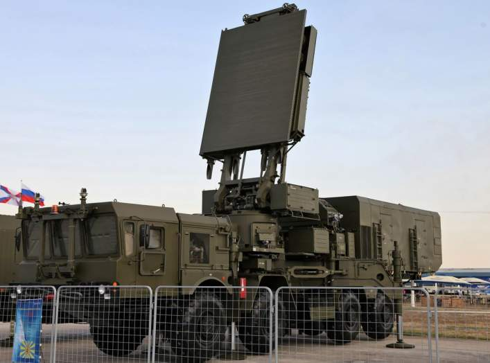 https://en.wikipedia.org/wiki/S-400_missile_system#/media/File:96L6E_radar_radar_-_100th_Anniversary_VVS-R_-01.jpg