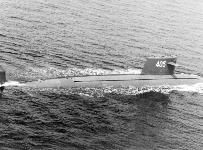 By Service Depicted: Other Service (Assets/Still/1994/Navy/DN-SN-94-00790) - ID: DNSN9400790, Public Domain, https://commons.wikimedia.org/w/index.php?curid=1746874