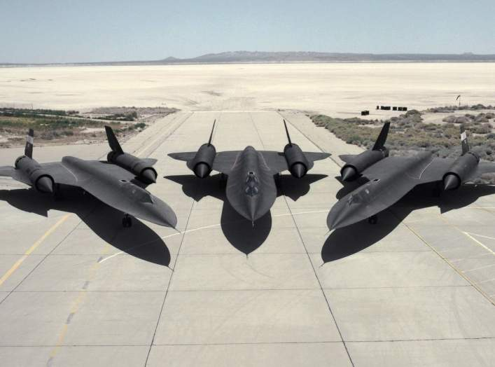 https://www.dvidshub.net/image/704678/three-sr-71s-ramp