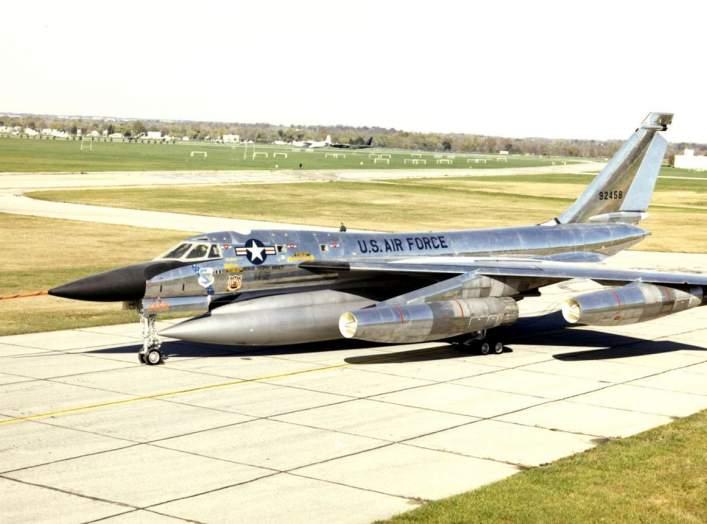 https://en.wikipedia.org/wiki/Convair_B-58_Hustler#/media/File:Convair_B-58_Hustler_USAF.jpg