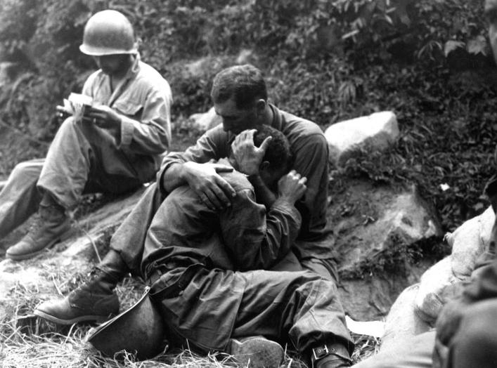 https://en.wikipedia.org/wiki/Korean_War#/media/File:KoreanWarFallenSoldier1.jpg