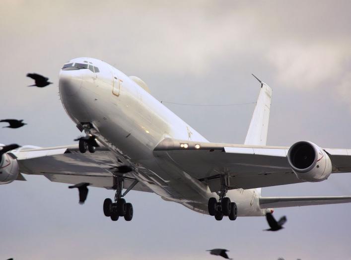By Tim Felce (Airwolfhound) - E6B Mercury - RAF Mildenhall Feb 2010, CC BY-SA 2.0, https://commons.wikimedia.org/w/index.php?curid=27815335