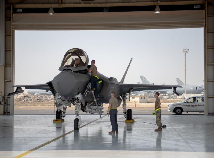 https://www.dvidshub.net/image/5662175/adabs-f-35-squadron-forward-deploys-agile-lightning