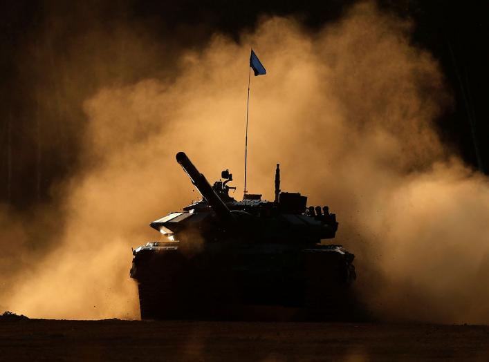 A T-72 B3 tank operated by a crew from Russia drives during the Tank Biathlon competition at the International Army Games 2018 in Alabino outside Moscow, Russia, August 11, 2018. REUTERS/Maxim Shemetov