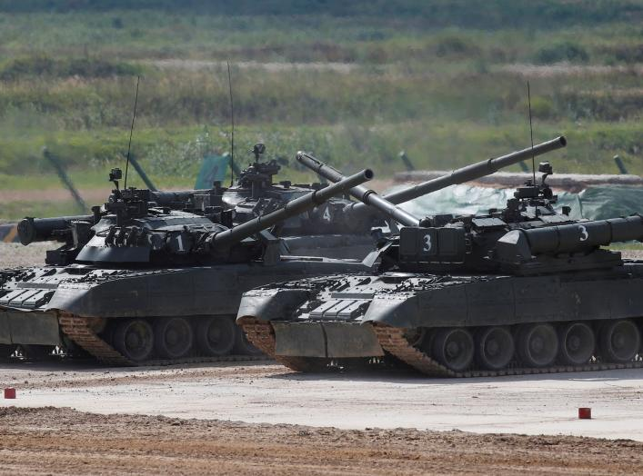 "Russian T-80 U tanks perform during the annual international military-technical forum ""ARMY"" in Alabino, outside Moscow, Russia August 23, 2018. REUTERS/Maxim Shemetov"