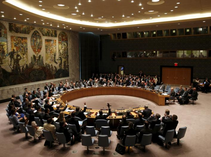 The United Nations Security Council votes to approve a resolution at the U.N. headquarters in New York July 20, 2015. The United Nations Security Council on Monday endorsed a deal to curb Iran's nuclear program in return for sanctions relief, but it will