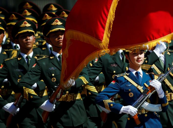 Honour guards march during a welcoming ceremony attended by Chinese Premier Li Keqiang and Canadian Prime Minister Justin Trudeau (not pictured) at the Great Hall of the People in Beijing, China, August 31, 2016. REUTERS/Thomas Peter