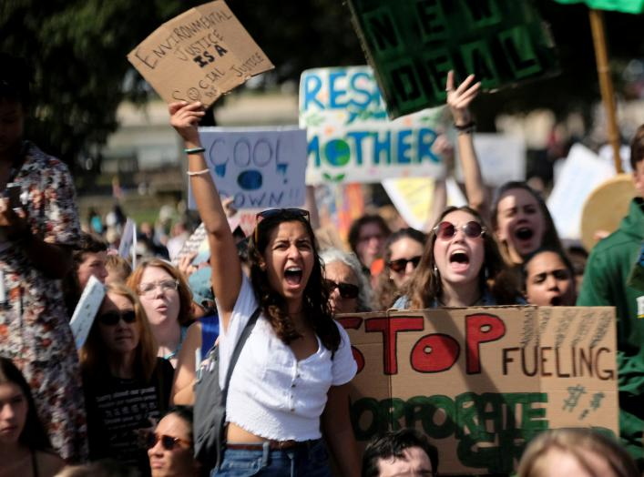Demonstrators rally outside the U.S. Capitol as part of the Youth Climate Strike in Washington, U.S., September 20, 2019. REUTERS/James Lawler Duggan