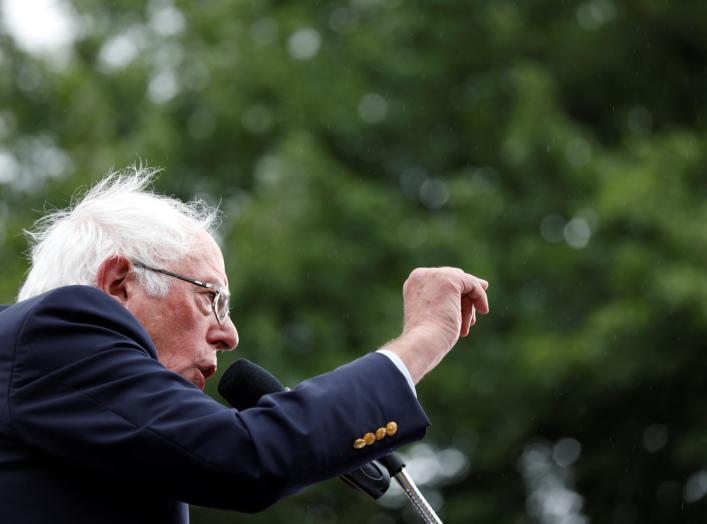 Democratic U.S. presidential candidate Senator Bernie Sanders speaks at the Polk County Democrats Steak Fry in Des Moines, Iowa U.S., September 21, 2019. REUTERS/Kathryn Gamble