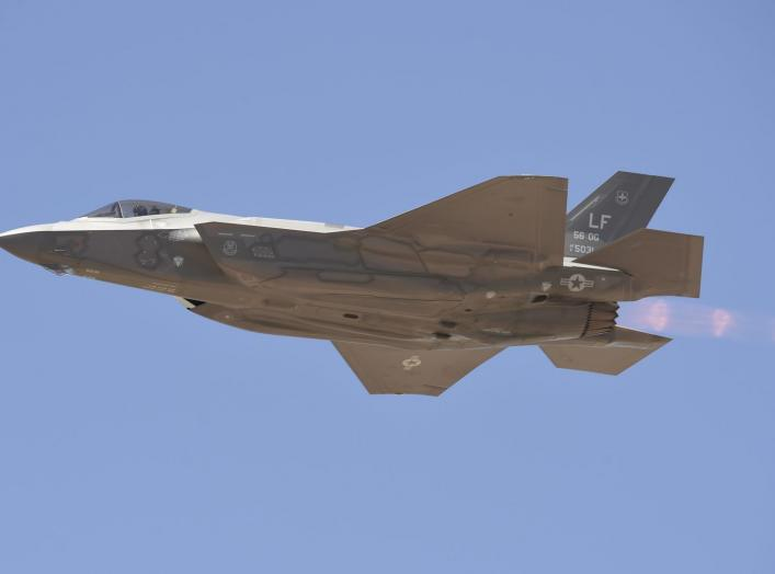 https://www.dvidshub.net/image/2501872/luke-afb-75th-anniversary-air-show