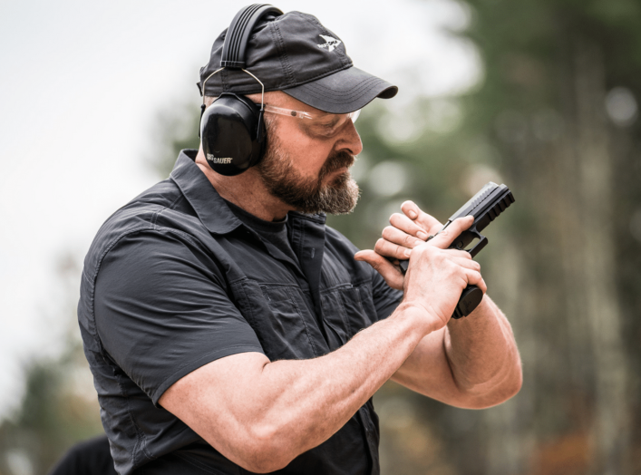 https://www.sigsauer.com/products/firearms/pistols/p320/