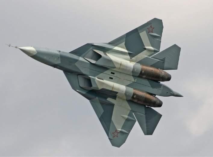 https://upload.wikimedia.org/wikipedia/commons/c/c0/Sukhoi_T-50_Medvedev-3.jpg