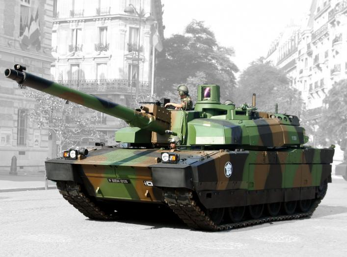 AMX-56 Nexter Leclerc. Demonstration of a Leclerc tank in Paris, on Bastille day 2006 (14th of July).
