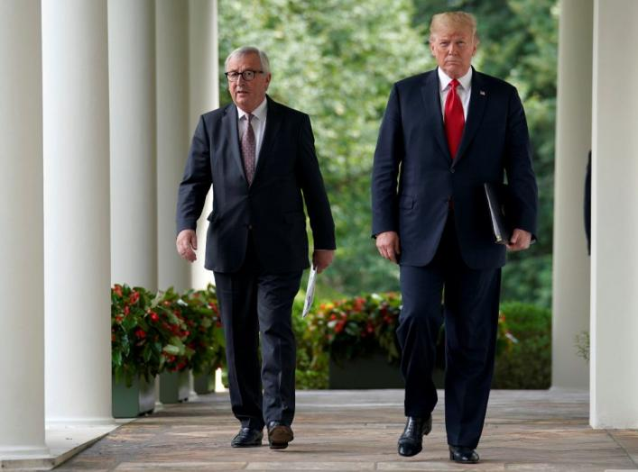 U.S. President Donald Trump and President of the European Commission Jean-Claude Juncker walk together before speaking about trade relations in the Rose Garden of the White House in Washington, U.S., July 25, 2018. REUTERS/Joshua Roberts