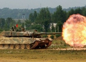 By 대한민국 국군 Republic of Korea Armed Forces - 육군 K2전차, CC BY-SA 2.0, https://commons.wikimedia.org/w/index.php?curid=50319113