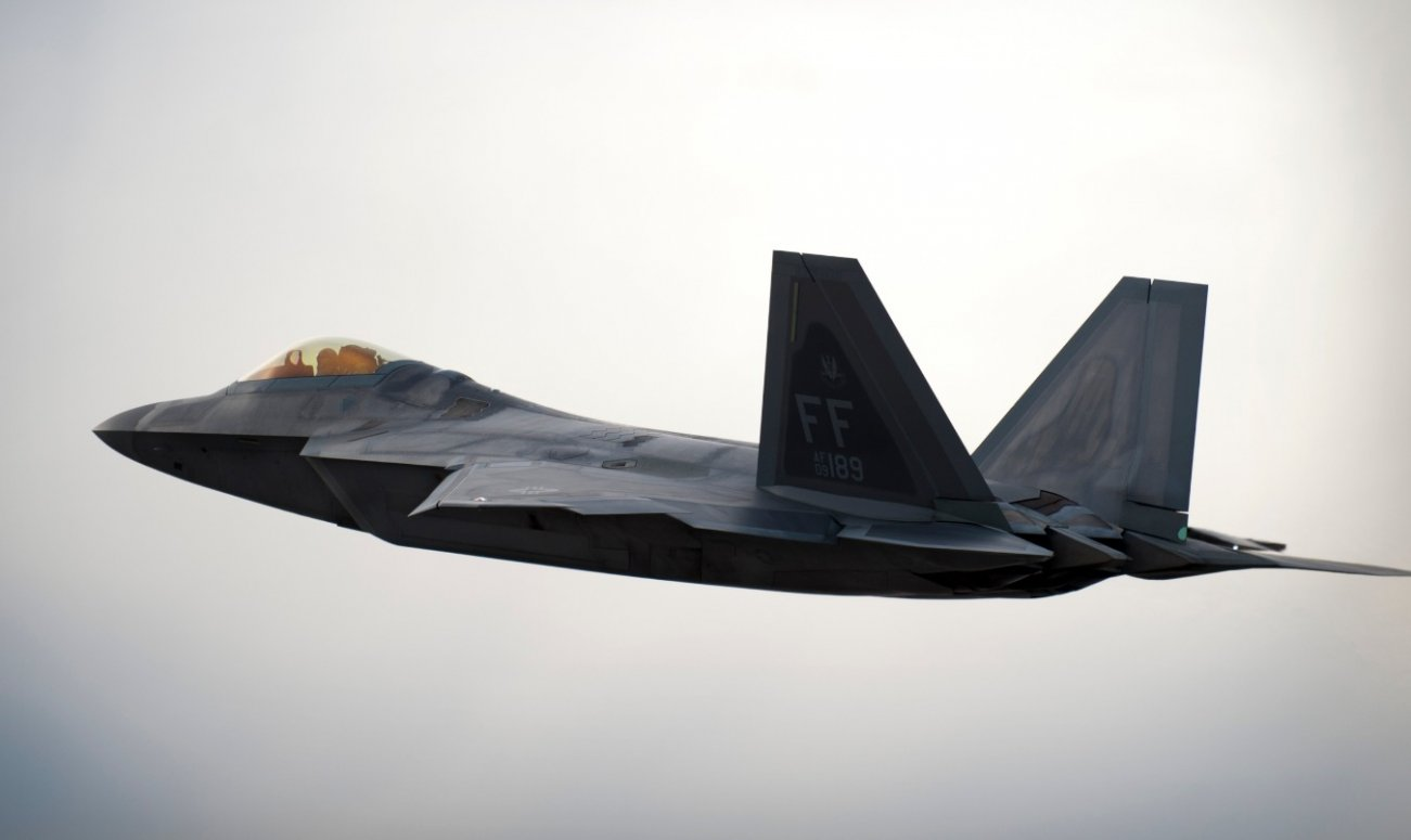 France Destroyed The F-22 Stealth Fighter's Aura Of Invincibility