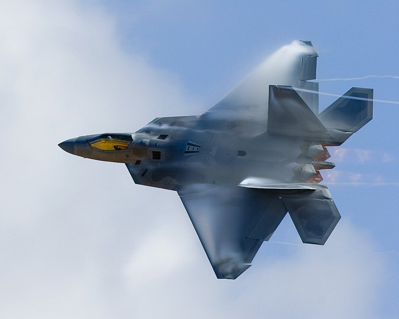 Forget Dogfighting, The Stealthy F-22 Raptor Almost Became A Bomber