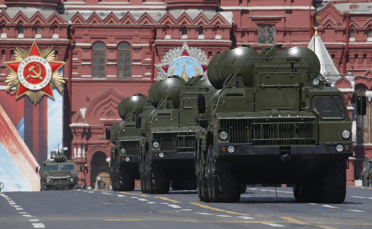 Is Russia's Plane-Killing S-400 Missile Really a Paper Tiger? Sweden Thinks So
