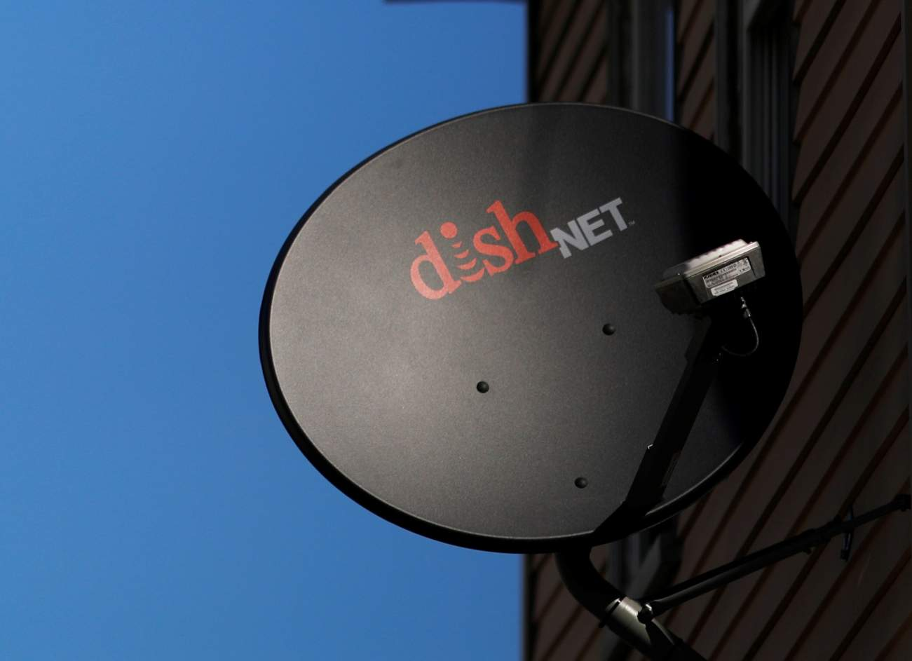 Why DirecTV, Dish Network, Comcast and Verizon Will Get Slaughtered by Netflix and Streaming Services