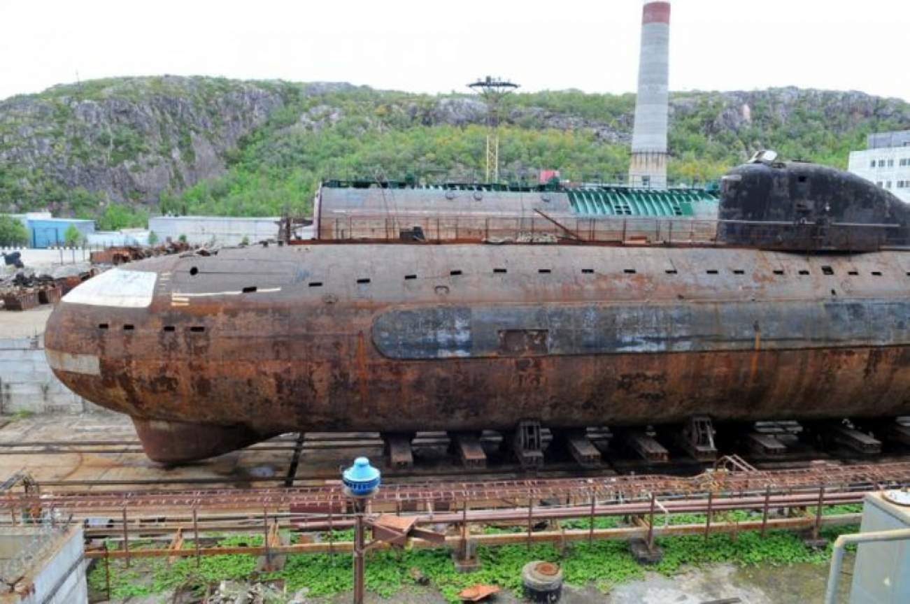 These Russian Submariners Had More To Worry About Than Enemy Navies