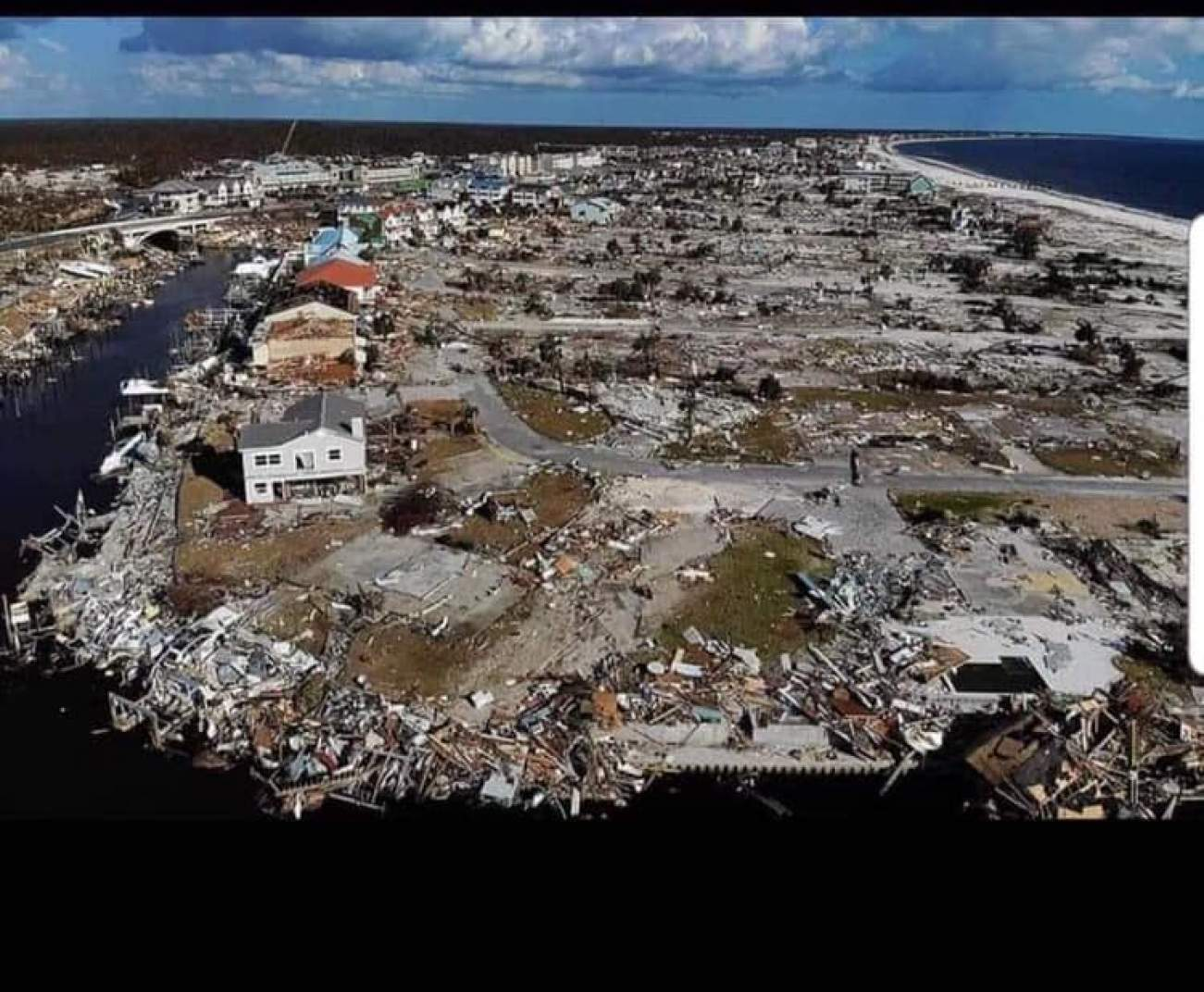 Does This Image Really Show A Bahamian Town Destroyed By Hurricane Dorian?