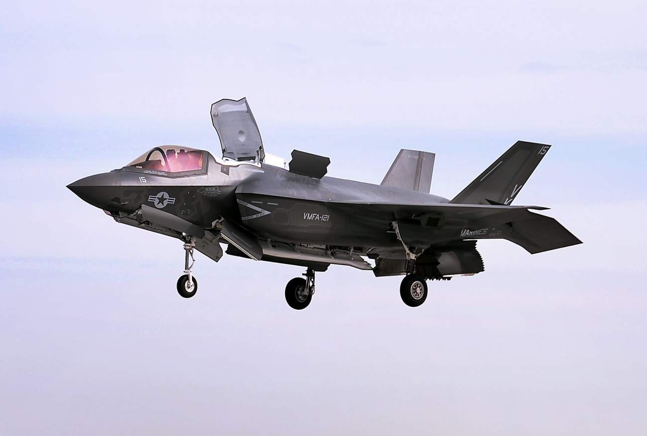 U.S. Marine Corps Stealth Fighters Get a New Home. A British Aircraft Carrier