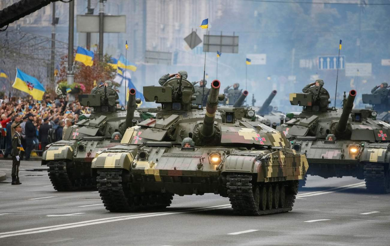 How Ukraine Refit Its T-64BM Bulat Tanks to Fight Russia