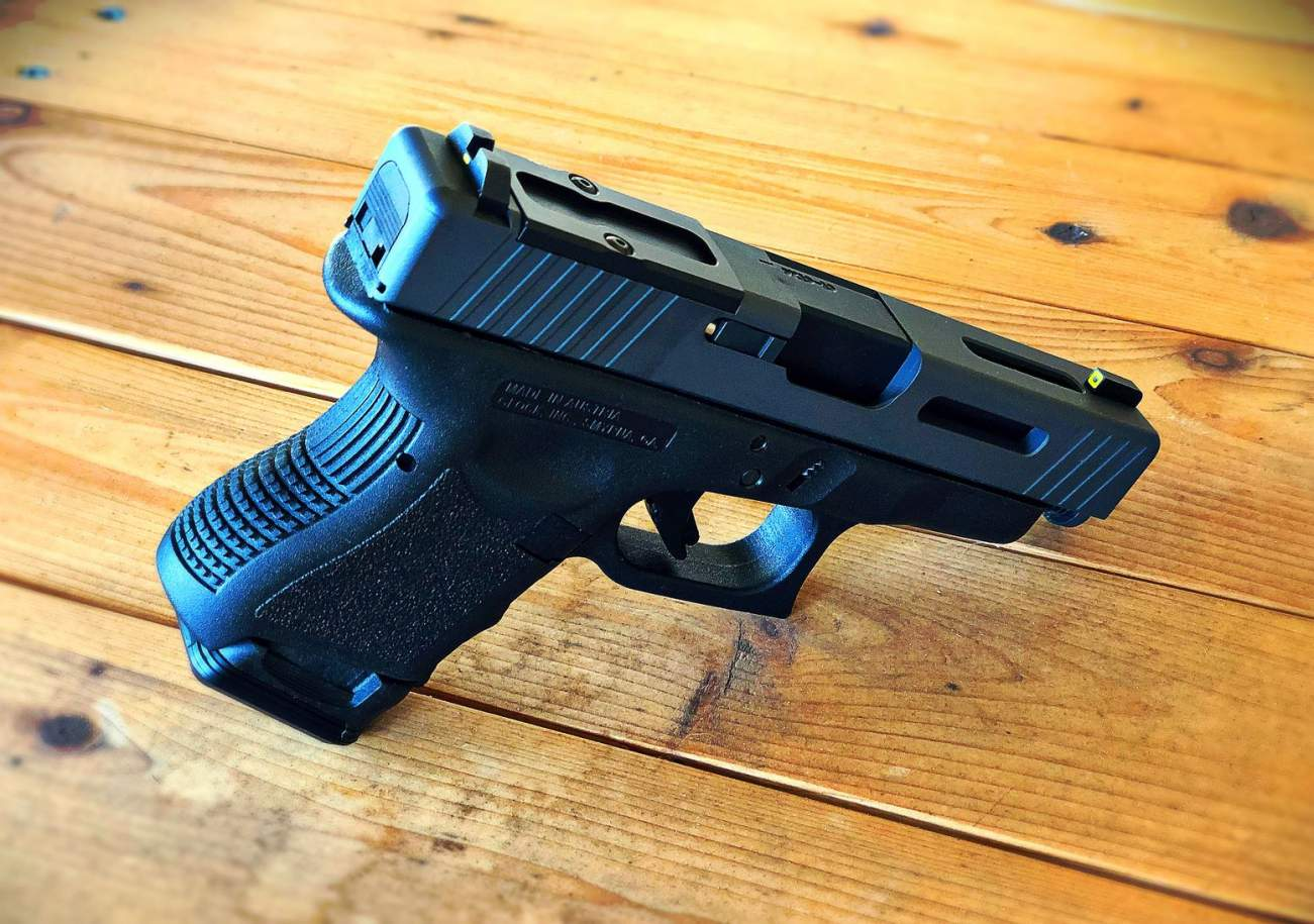 A Combo Weapon: Why the Glock 26 Is Made of so Many Guns
