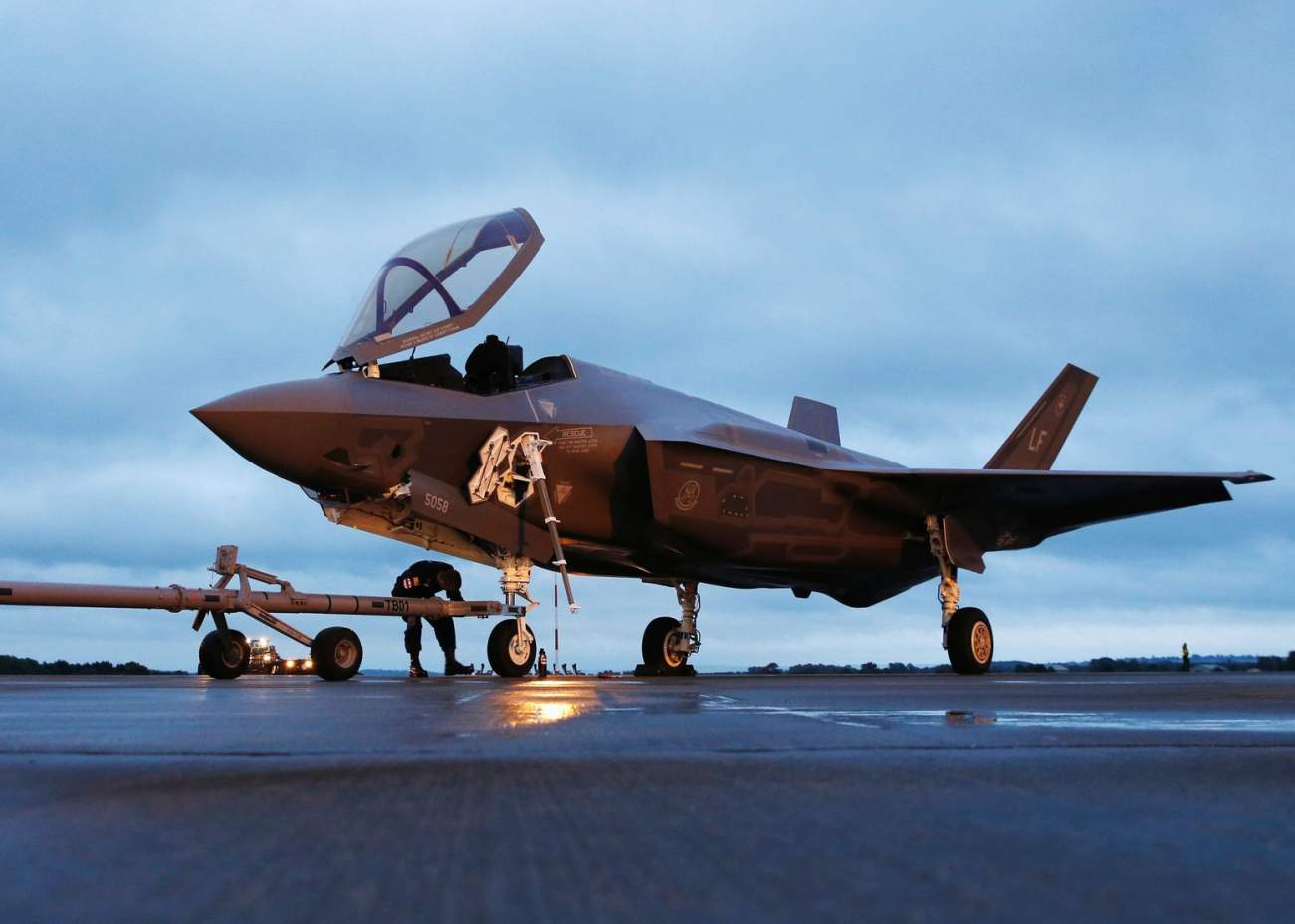 How the F-35 May Get a Companion Fighter Drone