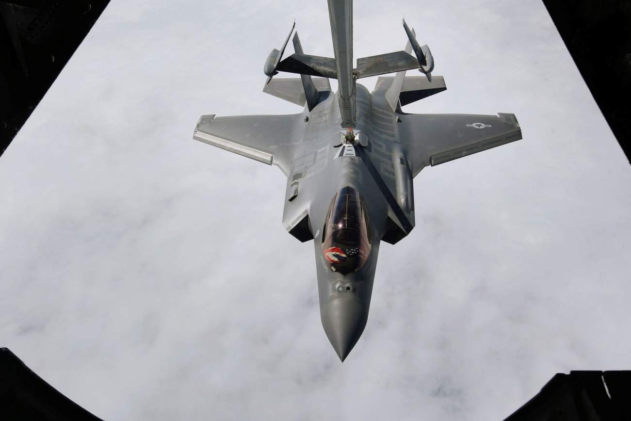 The F-35 Will Die: Long Live the 6th Generation Stealth Fighter