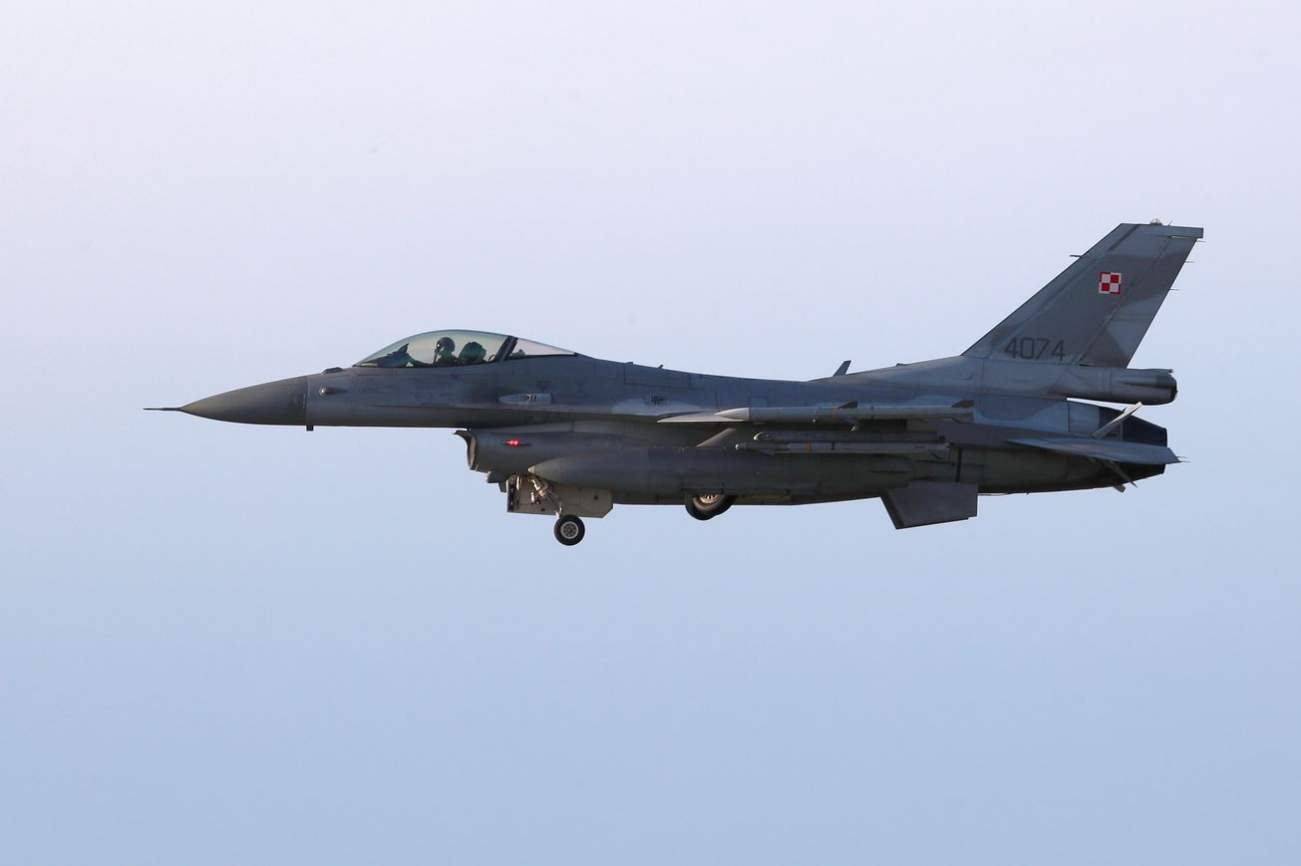 How Does the Air Force's F-16 Stack up Against the Best Chinese and Russian Fighters?