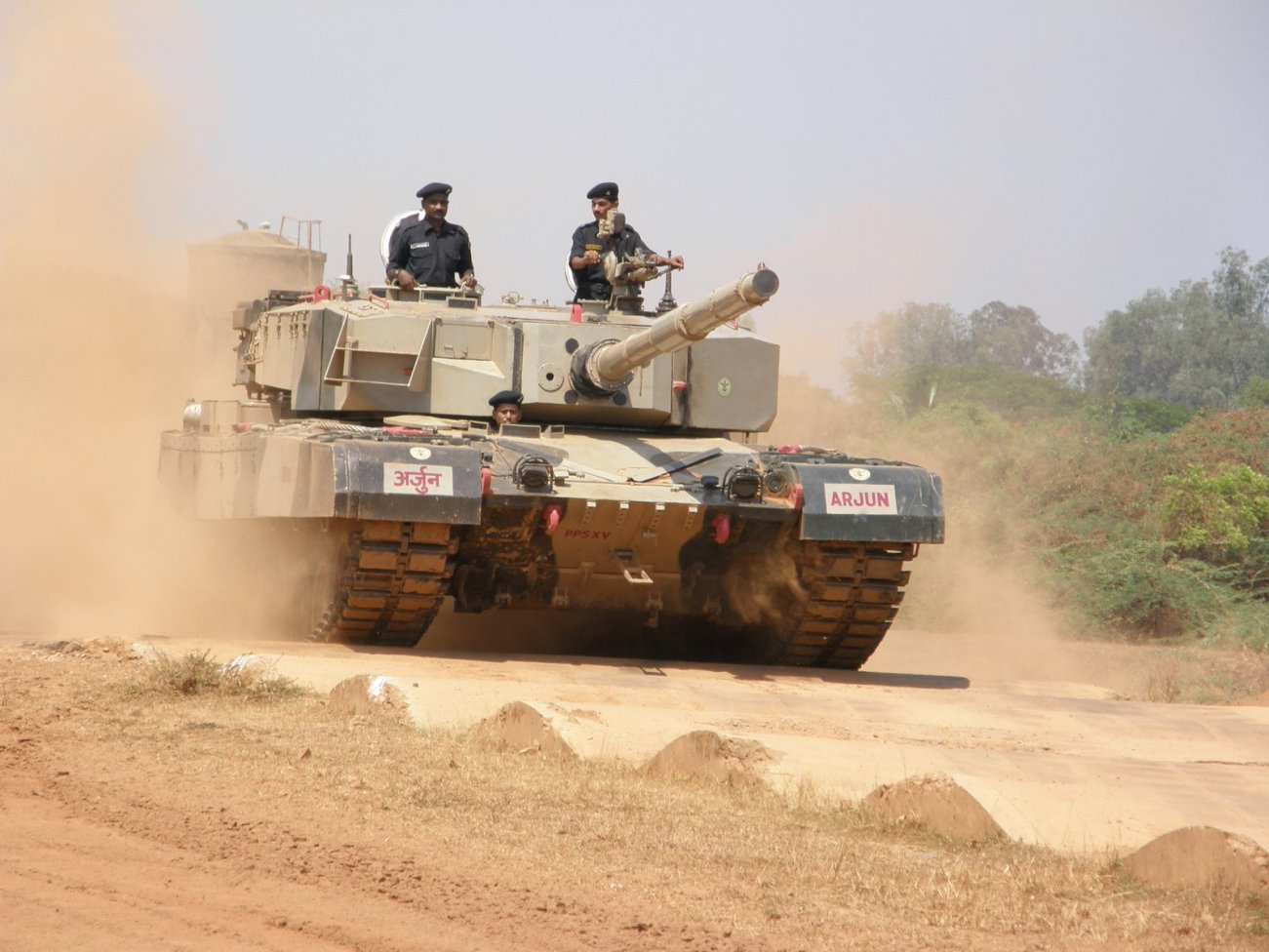 India Spent 35 Years Building A Tank That Was A Total Piece of Junk