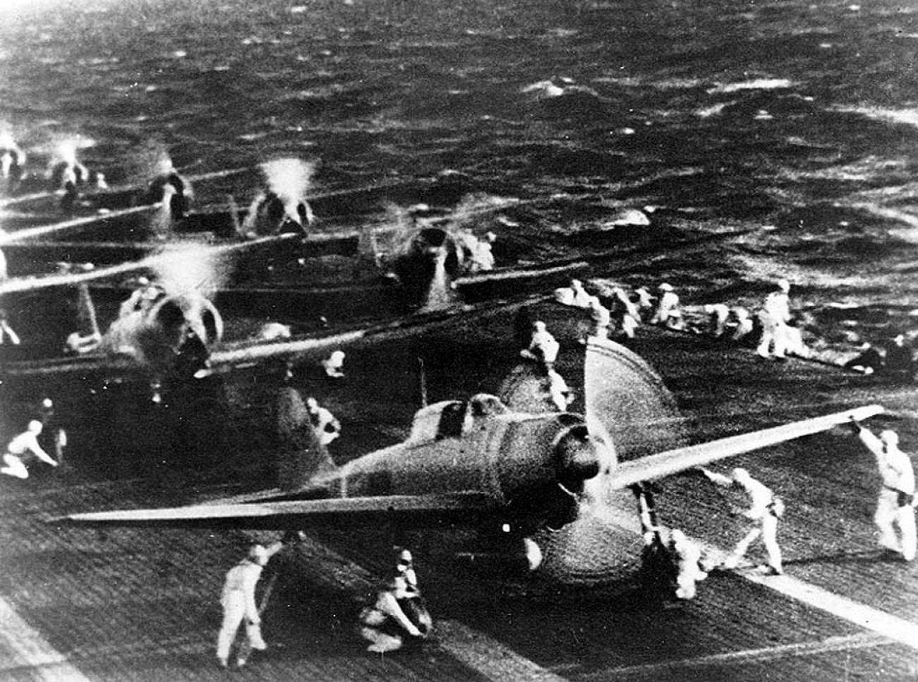 Pearl Harbor Fact: A Handful of American Fighter Pilots Took On Hundreds of Japanese Warplanes