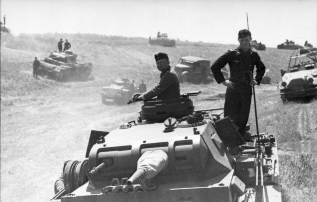 Here's Why You've Never Heard Of History's Largest Tank Battle