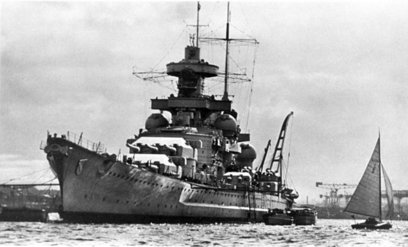 In 1940, A British Aircraft Carrier And German Battlecruiser Dueled To The Death