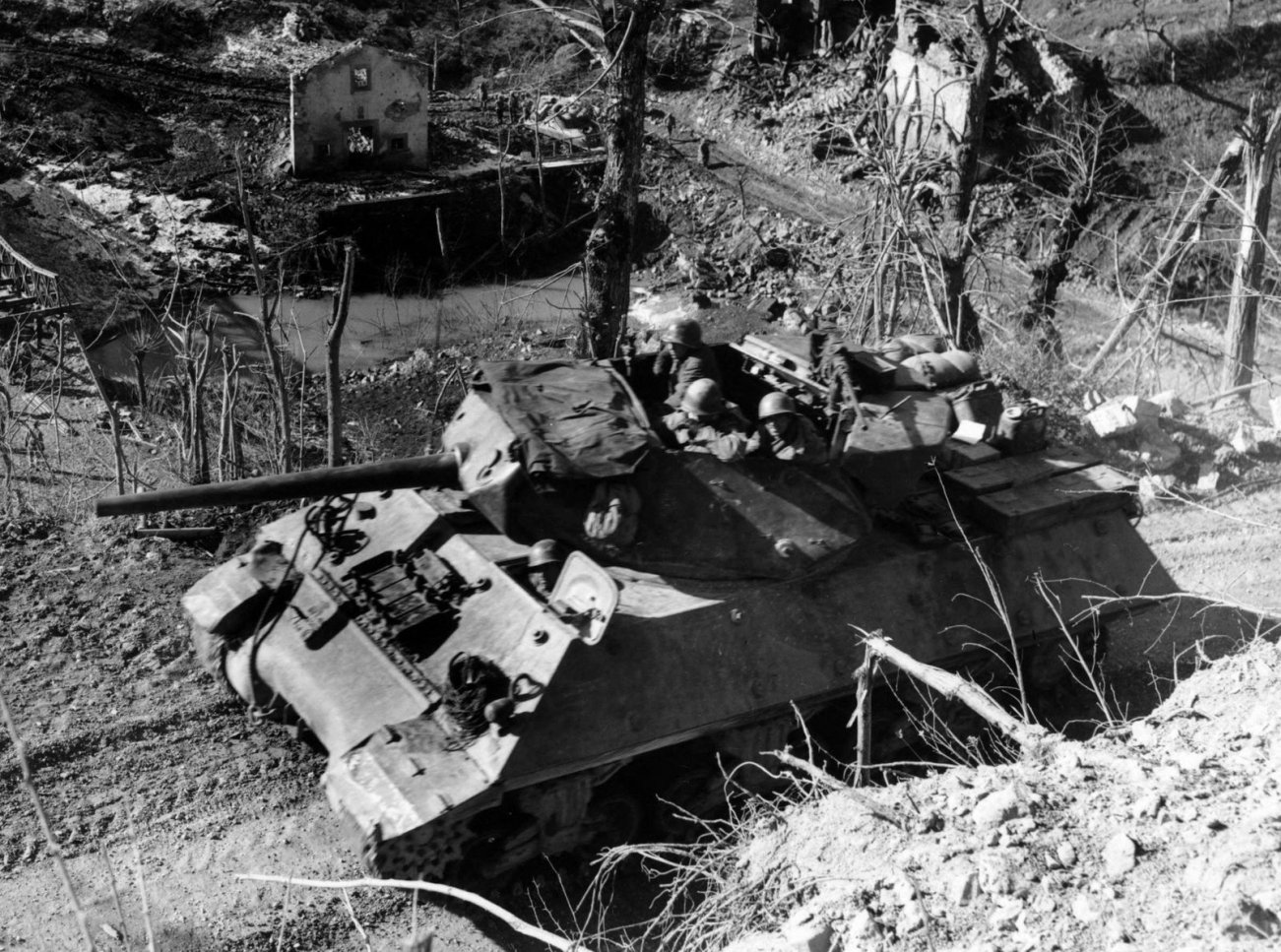 WWII: The M10 Tank Destroyer Smashed Hitler's Tanks