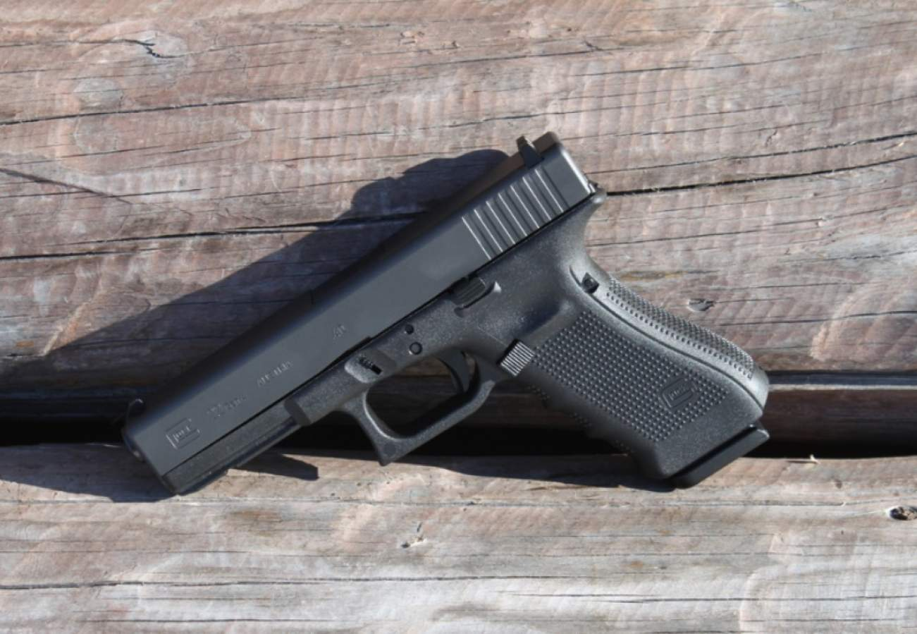 How The Glock 22 Was Born From An FBI Shootout