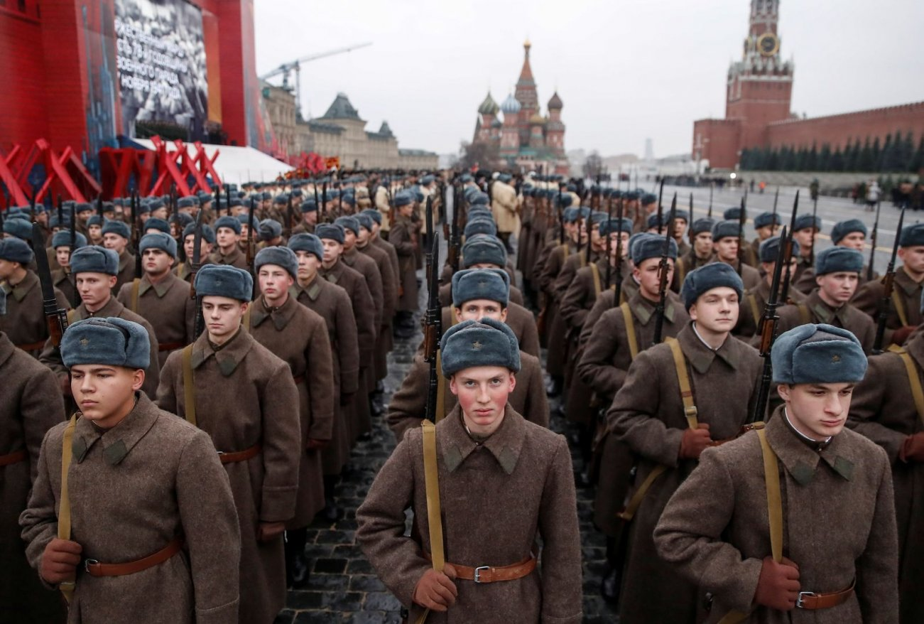Five Paths the Soviets Could Have Took for Victory Over the West