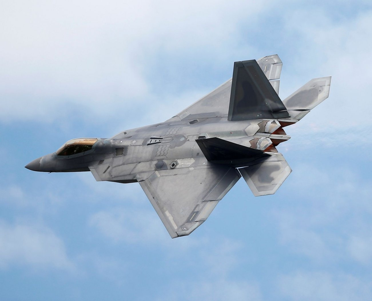 Raptor RIP: Why the U.S. Air Force Only Built 187 Stealth F-22s