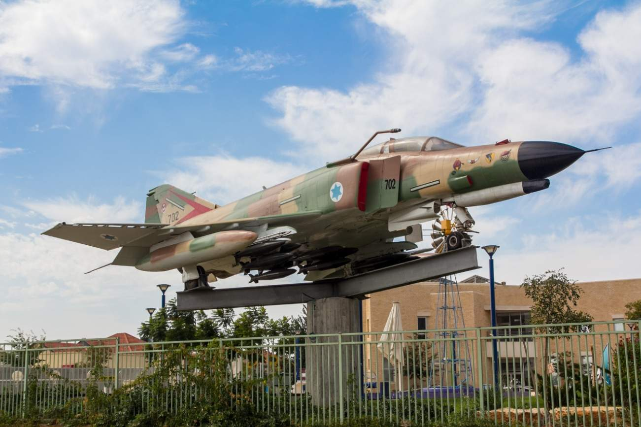 "Here's Why Israel Decided To Upgrade Its F-4 ""Super"" Phantoms"