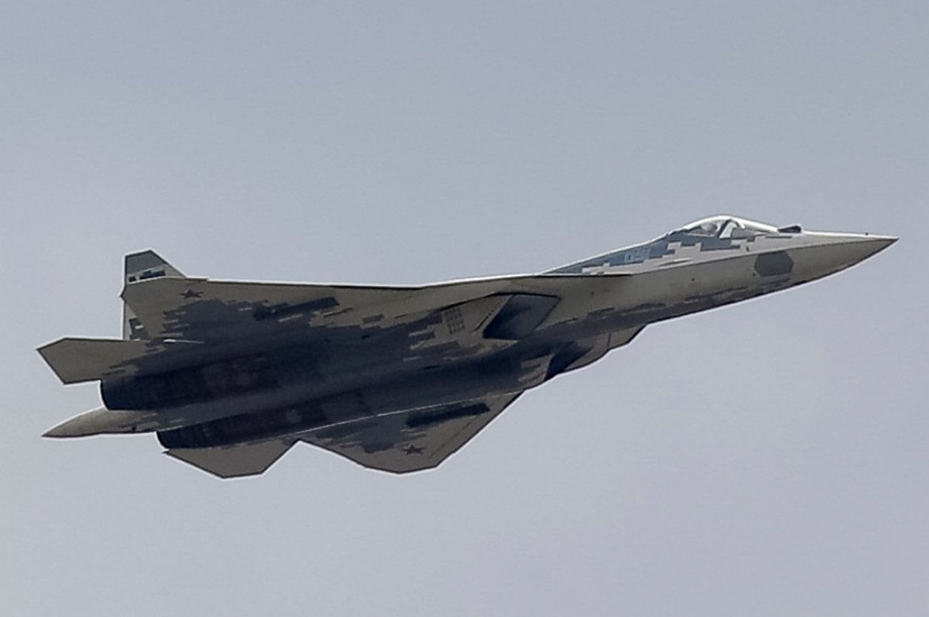 Russia's Su-57E Stealth Fighter Has Some Serious Tire Kickers