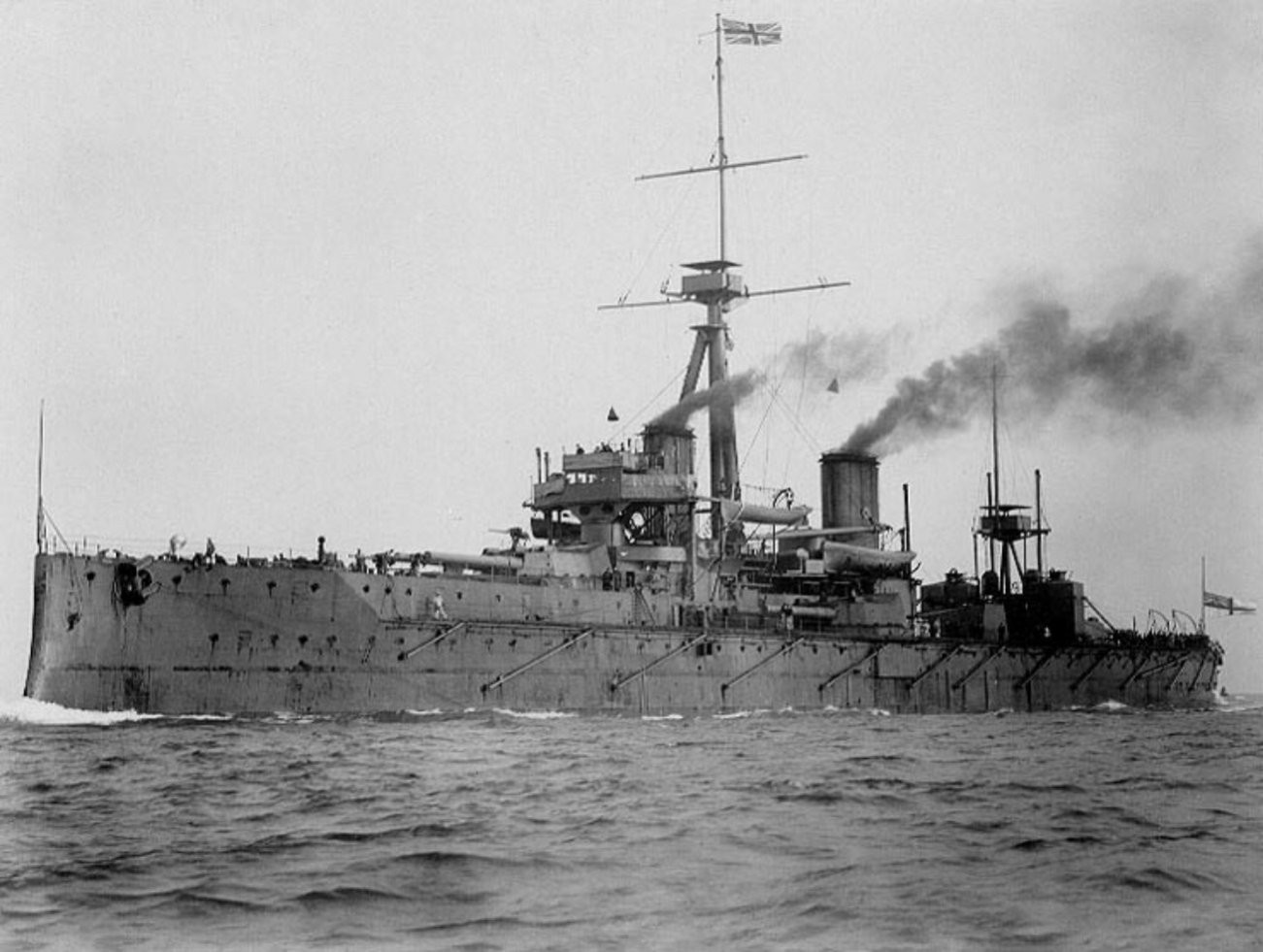 HMS Dreadnought Made All Other Battleships Obsolete