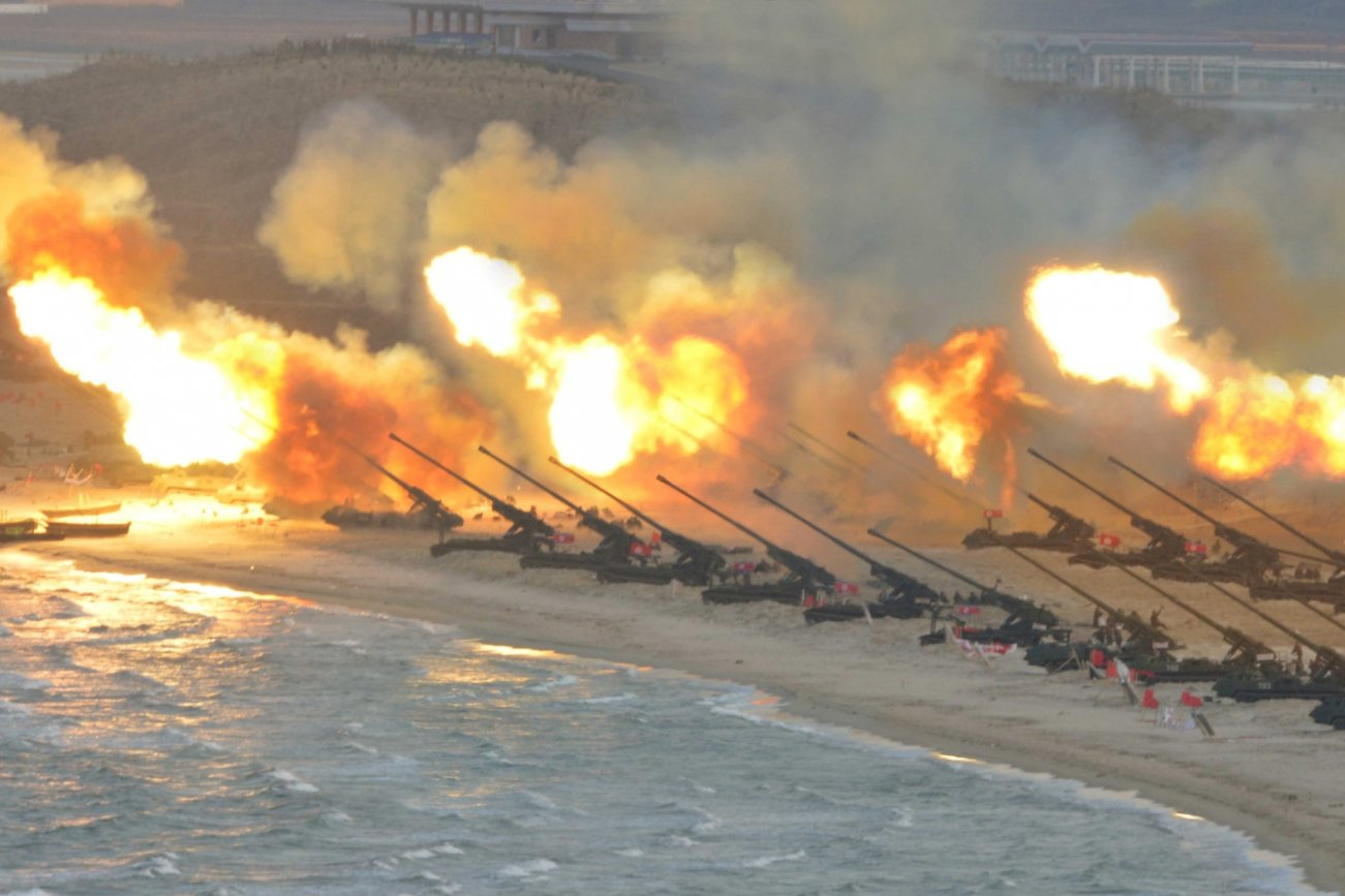 How Did These North Korean Artillery Guns Find Their Way Onto a Middle East Battlefield?
