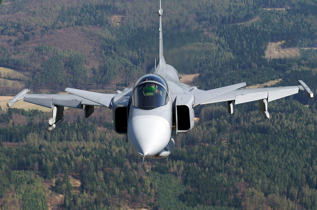 Can't Buy an F-35 or a Stealth Fighter From Russia? The Gripen Will Do.